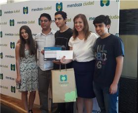 Alumnos de primaria y secundaria logran el  3º puesto en el Hackathon