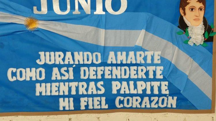 Promesa de lealtad a la Bandera Nacional Argentina de alumnos de 4° y 5° Grado